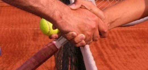 1025705-le-tennis-pour-apprendre-le-fair-play
